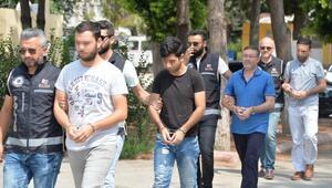 Adanada FETÖ şüphelileri adliyeye sevk edildi