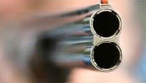 Balkondan husumetlilerinin üzerine ateş açtı: 1 ölü, 1 yaralı