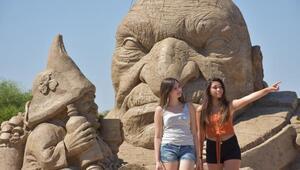 Efsaneler kum heykel müzesinde