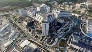 Dünyanın en büyük deprem izolatörlü hastanesi Adana'da