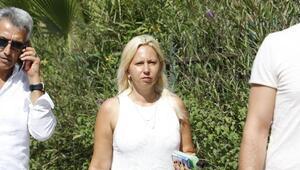 Gasbettiği Rus asıllı kadının çantasını, karton çantaya gizlemiş