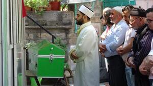 Bursada balkondan düşen 2 yaşındaki Abdulvahap toprağa verildi