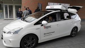 Yandexin sürücüsüz otomobili yollara çıkıyor