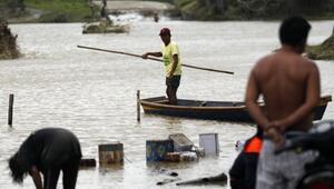 Filipinlerde 25 kişinin ölümüne neden olan Mangkhut tayfunu Çine ulaştı