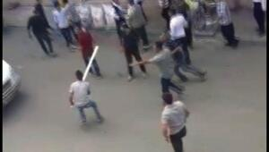Şanlıurfada 1 kişinin öldüğü ailelerin kavgası kamerada