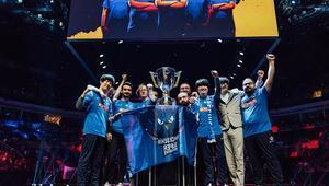Türkiye Büyük Finali'nde Şampiyon Bahçeşehir SuperMassive