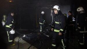 Eğlence mekanının altındaki depoda çıkan yangın korkuttu