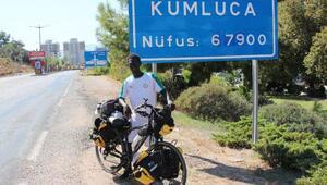 Senegalli Mustafa bisikletle Türkiye turu yapıyor