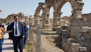 CHP'li Gürer: Tyana'nın antik kentigün yüzüne çıkarılmalı