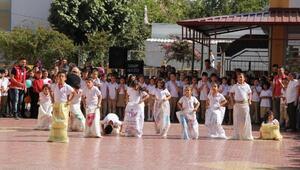 Öğrenciler, Dünya Çocuk Günü etkinliklerinde eğlendi
