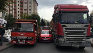 Beşiktaş'ta bir garip kaza... Sürücü şoka girdi, bagajdan kaçırıldı