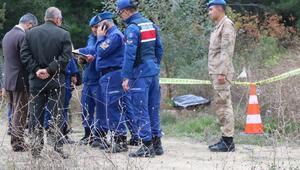 Bıçaklayıp yol kenarına attılar; Erkek öldü, kadın ağır yaralı