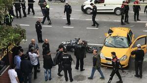 Yunusların motosikleti ile taksi çarpıştı: 2 polis ve şoför yaralı