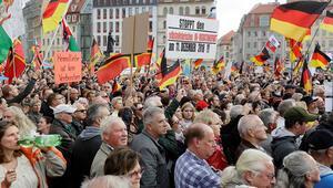 Dresden'de PEGIDA nefretine karşı büyük gösteri