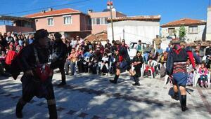 Köylüler taş ocağı zaferini zeybek oynayarak kutladı