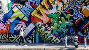 Çizgi romandan fırlamış hissi veren grafiti şehirleri
