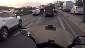 E-5'te motosikletliden yumruk yiyen sürücü çılgına döndü
