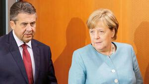 Gabriel: Merkel'in başbakanlığı en geç mayısta biter