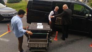 Fotoğraflar // Suudi Başsavcı numaralı çantalar ile ayrılıyor