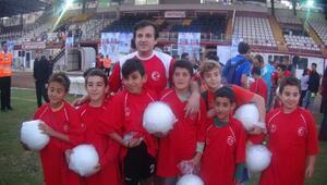 Futbolun efsaneleri, Hatayda çocuk ve gençlerle buluştu