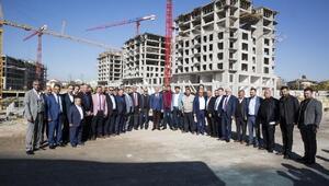 Başkan Çelik, iş adamlarına yatırımları tanıttı