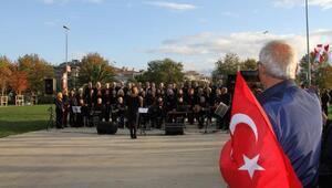 Atatürkün gözleri Maltepe Sahilinden İstanbula baktı