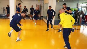 Fenerbahçe salonda çalıştı 3 günlük izin...