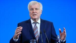 Seehofer, CSU liderliğini 19 Ocak'ta bırakacak
