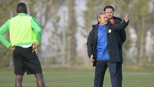 Konyaspor, Aykut Kocaman yönetiminde çalıştı