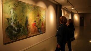 Pınar Ervardar'ın Işıklı Düşlerim sergisi açıldı