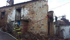 Gömeç'te yaşlı kadın evinde çıkan yangında öldü