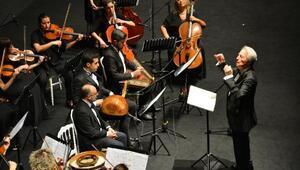 Haliç Üniversitesi Oda Orkestrası ilk konserini gerçekleştirdi