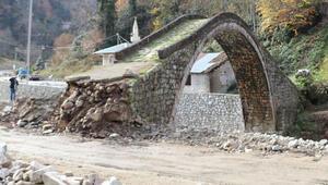 Rizede zarar gören tarihi kemer köprü ile ilgili açıklama
