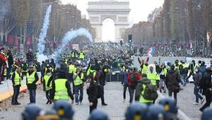 Valette, Eylemciler Macronun istifa etmesini istiyor