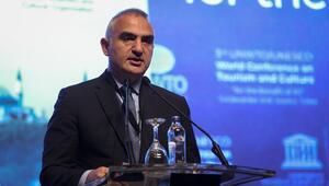 Bakan Ersoy açıkladı: İlk 3 çeyrekte 32 milyon turist misafir ettik