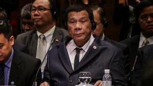 Duterteden kafa karıştıran şaka