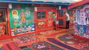 96 yaşındaki ressam tek başına köyü kurtardı