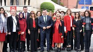 Alanyada Kadın Hakları Günü kutlandı