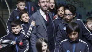 Gençlik ve Spor Bakanı Kasapoğlu: 2019u Gönüllülük Yılı ilan ediyoruz