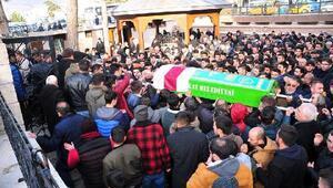 Taraftar grubu lideri, halı saha maçı sonrası kalp krizi geçirip öldü (2)