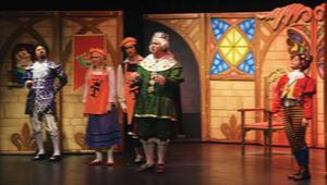 Çocuk tiyatrolarına pedagog şartı geldi