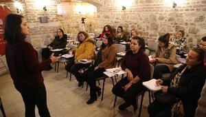 Edirneli kadınlara internet reklamcılığı eğitimi