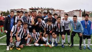 Futbolda Spor Lisesi şampiyon