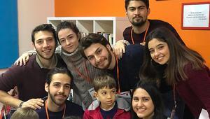 Üniversite öğrencilerinden mevsimlik öğrencilere 'Sosyal Aktivite Sınıfı'