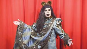 Tiyatronun Divasıyım