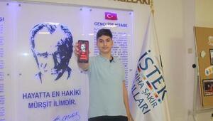 8inci sınıf öğrencisinden mobil Atatürk ansiklopedisi