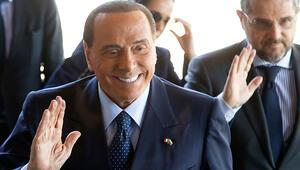 Eski İtalya Başbakanı Berlusconi, AP seçimlerinde aday olacak