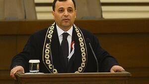 AYM Başkanı Zühtü Arslan kimdir kaç yaşında