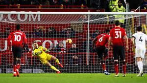 Manchester United 2-2 Burnley (MAÇ ÖZET)