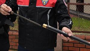 Bastondan kılıç çıktı